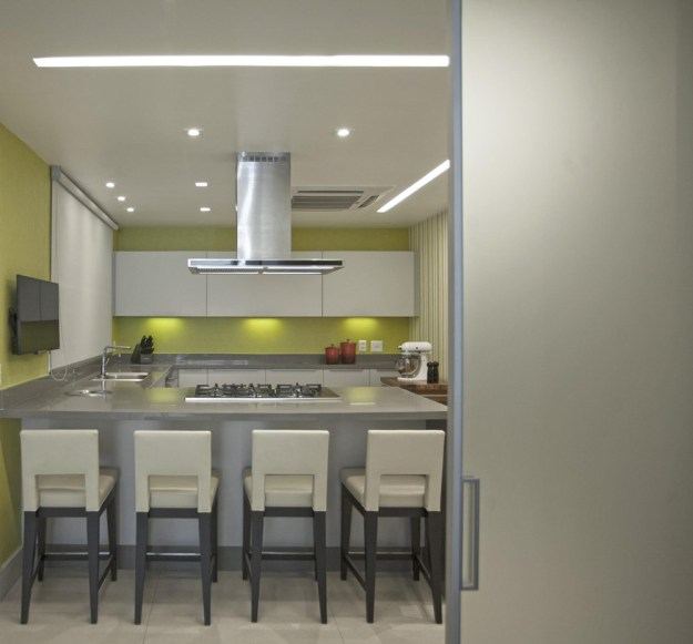 The LRF Apartment designed by Paula Martins Arquitetura 13