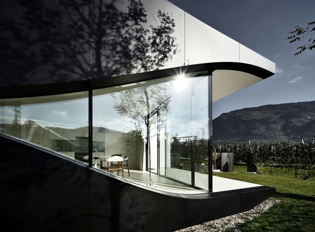 Mirror Houses designed by Peter Pichler Architecture 10