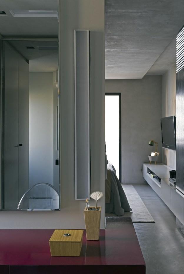 Real Parque Loft designed by Diego Revollo 18