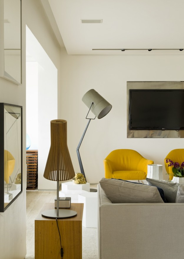 Panamby Apartment designed by Diego Revollo 13