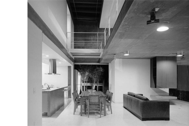 M.M. House designed by Andrade Morettin Arquitetos Associados 8