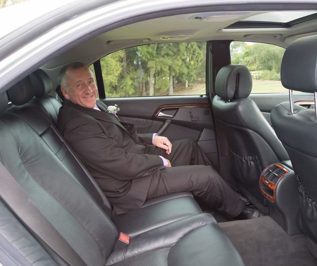 Luxury chauffeured car hire Perth