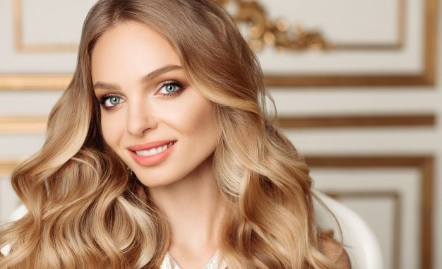 Get a New Look with Amazing Hairstyles this Festive Season