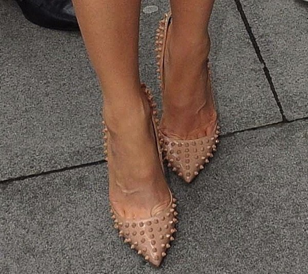 Kate Beckinsale In Christian Louboutin Pigalle Spikes Pumps