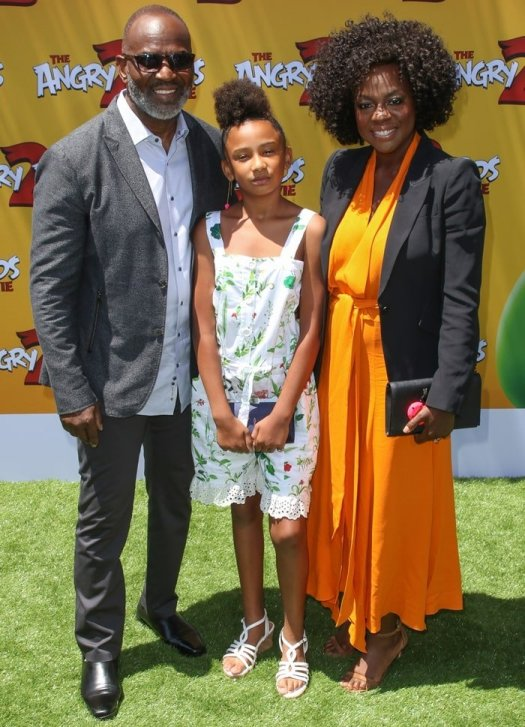 Julius Tennon, Genesis Tennon, and Viola Davis teamed up for the premiere of The Angry Birds Movie 2