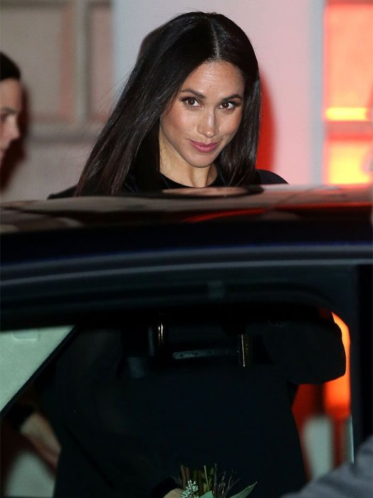 """Meghan Markle atthe """"Oceania"""" Exhibition at the Royal Academy of Arts"""