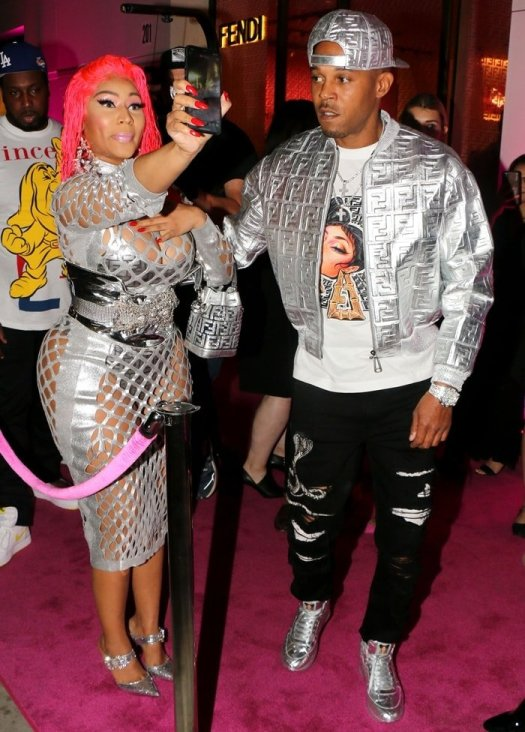 Registered sex offender Kenneth Petty wore a T-shirt printed with Minaj's face