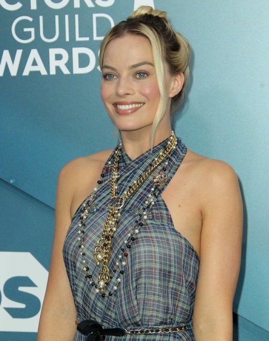 Margot Robbie accessorized with two Chanel necklaces at the 2020 Screen Actors Guild Awards
