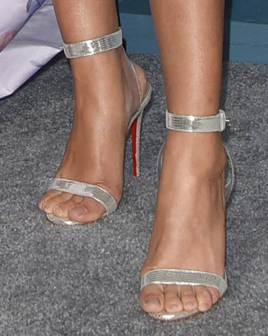 Sarah Hyland shows off her pretty feet in Christian Louboutin sandals