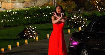 April Borgnetta makes a grand enterance to meet Tim Wormels on The Bachelor Canada 2 episode 1