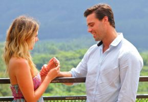 Tim Warmels and Trish Vergo have one last chat before engagement day on the finale of The Bachelor Canada 2
