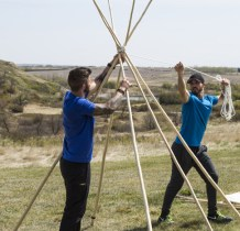 Gino Montani and Jesse Montani take their time and build the perfect teepee on The Amazing Race Canada 3