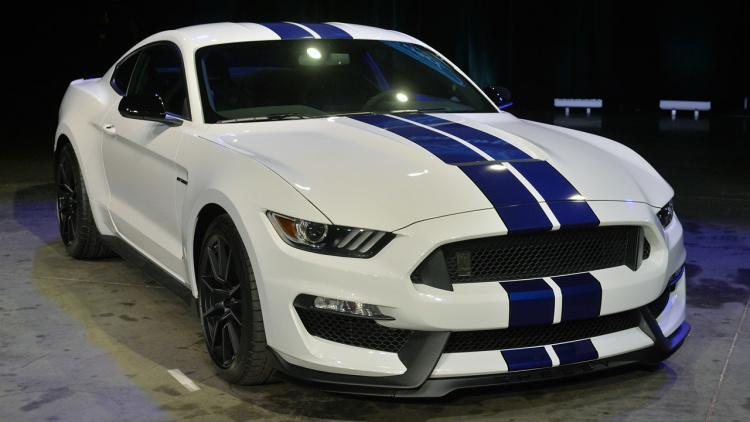Ford Working on a New HUD LED Shift Indicator for Shelby GT350 Mustang