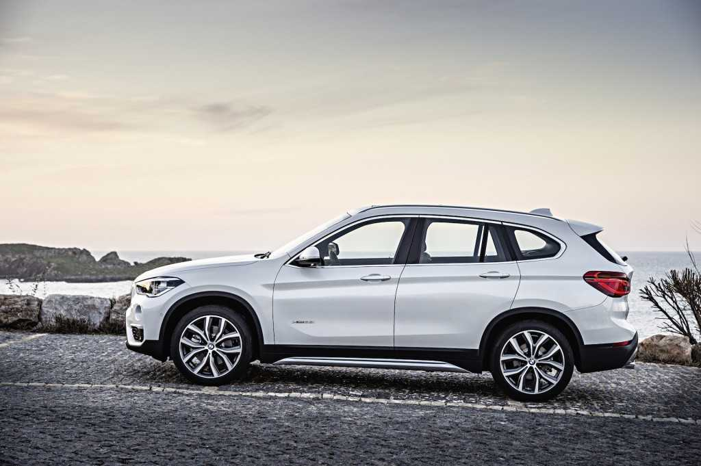 New Spy Shots of the 2016 BMW X1 7-Seater Reveal More about its Design