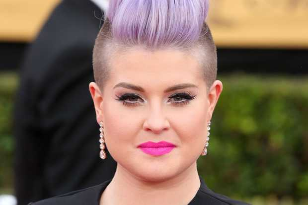 Kelly Osbourne Apologizes on Facebook for Racist Comment