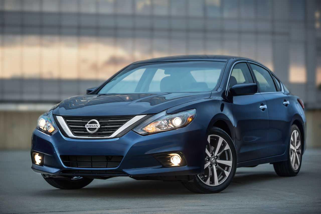 Nissan 2016 Altima SR Gets Brand New Design Elements