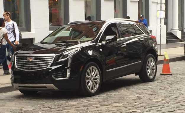 2017 Cadillac XT5 – Spy Photos Catch the Crossover Testing in US
