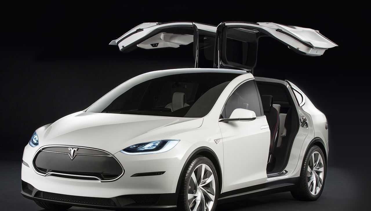 Tesla Model X – Still Tweaking, First Cars Arrive on September 29