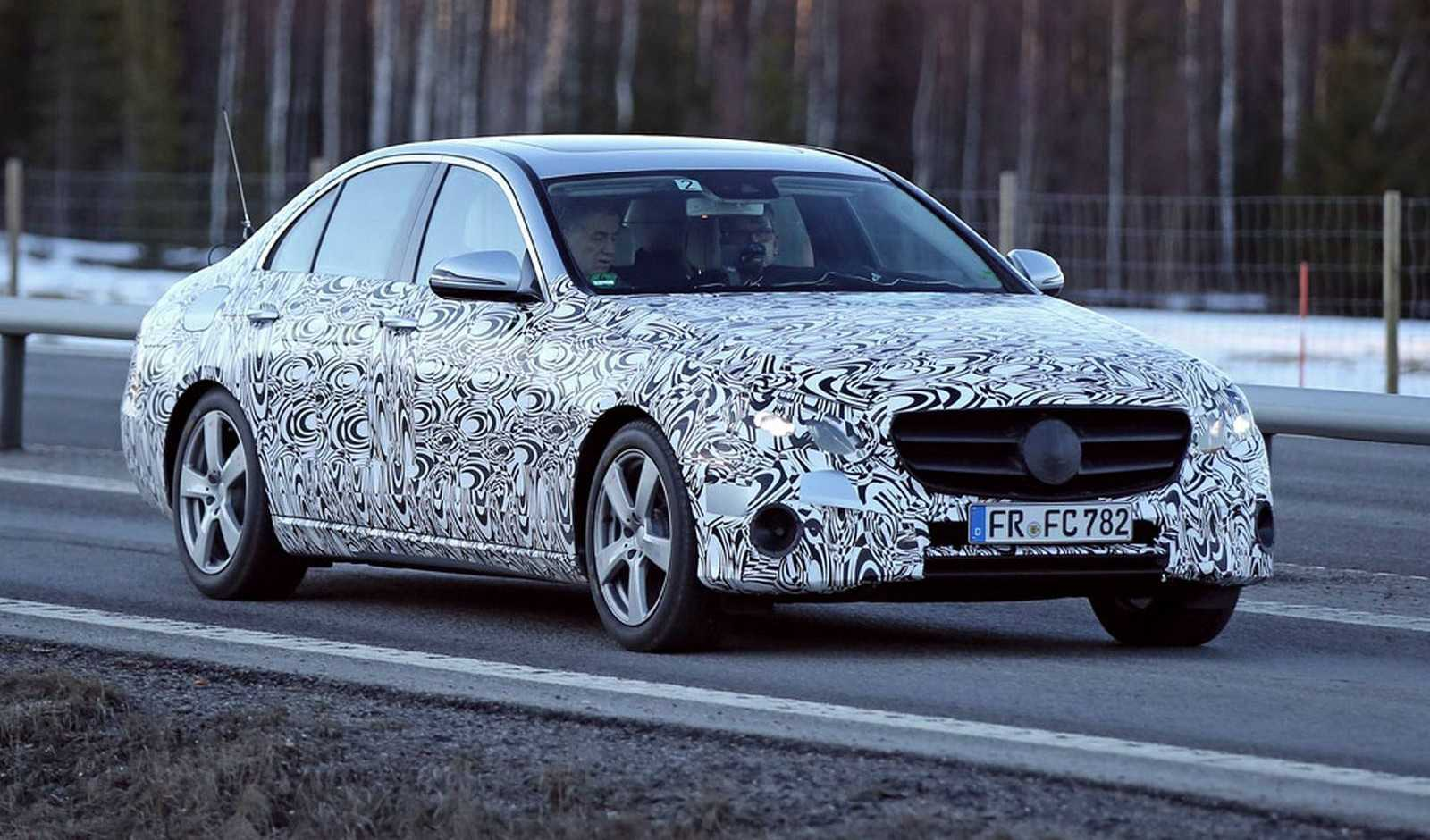Mercedes Benz E-Class 2017 Edition Showcases its Interiors before Grand Reveal