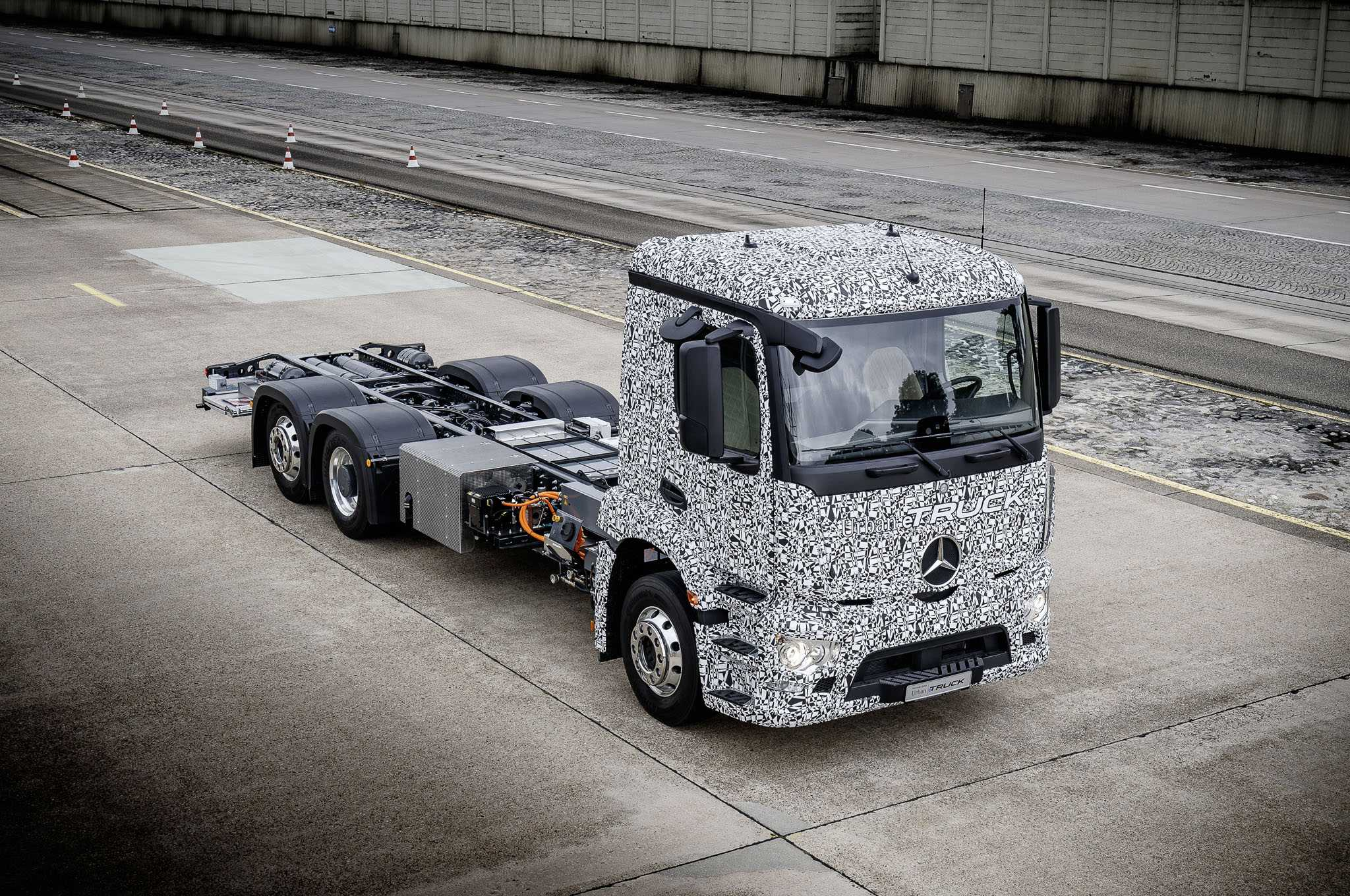 Mercedes Surprises Automobile Industry By Launching An EV Truck