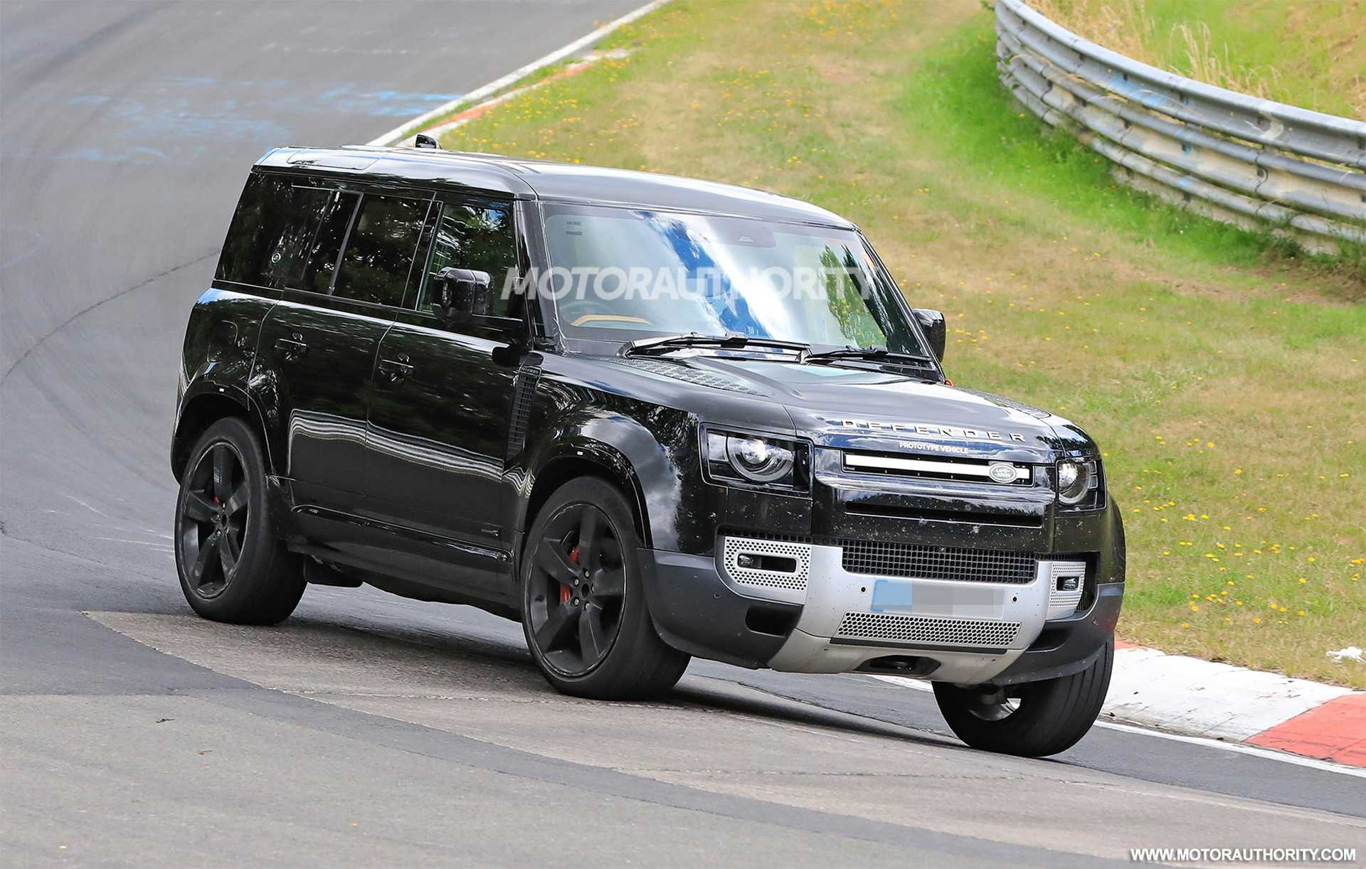 2022 Land Rover Defender V-8 Spotted in New Spy Photos