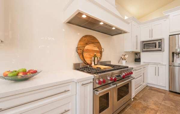 new range hood, oven, and stove