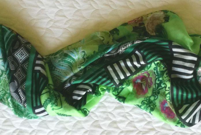 foulard verde e nero