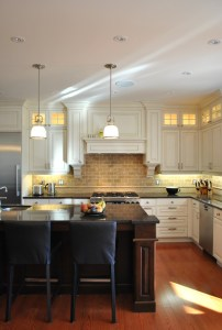 traditional-kitchen[2]