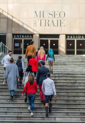 analisis critica maestros de la costura primer programa estreno tve