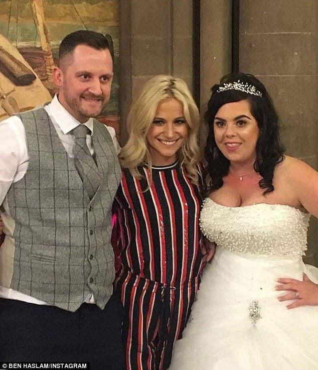 Pixie Lott Crashed A Wedding!