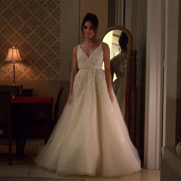 meghan markles wedding dress