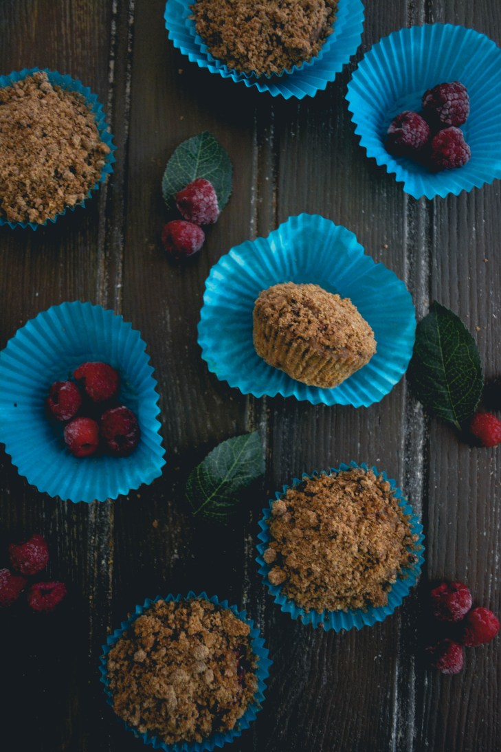 raspberry-muffins-with-almond-butter-streusel-findingnemo