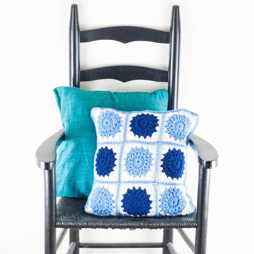 Crocheted Sunburst Pillow | YouShouldCraft.com
