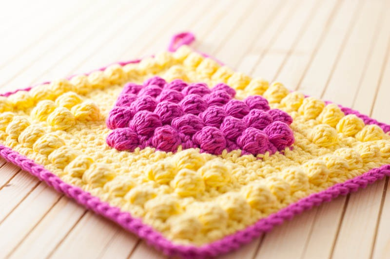 close-up view of the texture of the bobble heart potholder