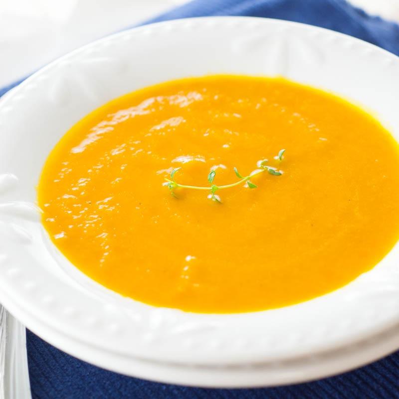 Slowcooker Carrot-Ginger Soup