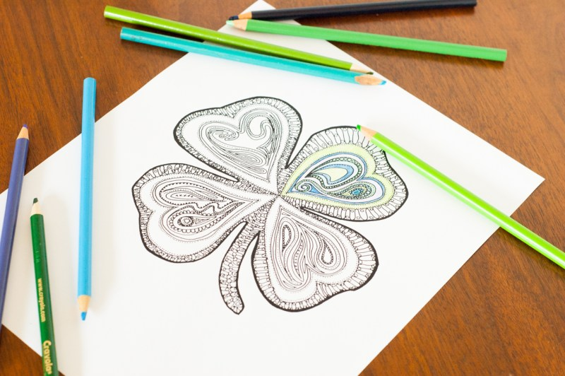 Love to color while listening to podcasts or audiobooks? Download two FREE adult coloring pages for St. Patrick's Day!