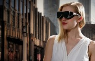 -vr-glasses-on-woman