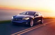 Tesla'nın Otomatik Pilotu Kaza Yaptı