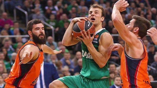 Kevin Pangos EuroLeague gecenin asisti