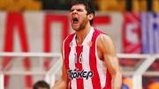 Kostas Papanikolaou'dan Gecenin En Güzel Asisti