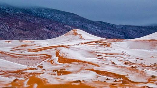 sahara çölünde kar yağışı