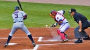 Beyzbol Topu ile Tam İsabet!