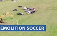 Arabalar Futbol Maçı Yapıyor