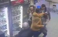 Bir Sarhoşu Döven Sarhoşu Tek Yumruğuyla Döven Rus Kadın