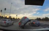 Yine Bir Klasik, Günlük Araba Kazaları – Rusya, ABD, Avrupa