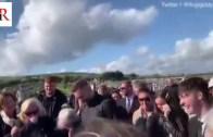 Cenazesinde Son Şakasını Yapan Adam
