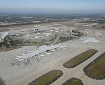 Tampa International Airport runway shut down due to magnetic pole shift