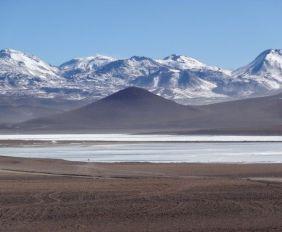 bolivie-sud-lipez-voyage-salar-montagne