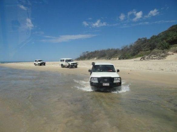 Australie- Frazer Island: Arrive sur l'Ile, nous commencons l'aventure en 4x4.