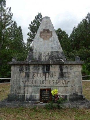 Nouvelle-Caledonie: Batiments commemoratif en souvenir des deportes (Communards morts sur l'Ile des Pins).